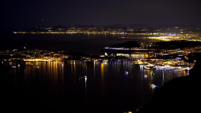 draufsicht der nacht monaco, luxus-resort für reiche touristen, teure immobilien - teurer lebensstil stock-videos und b-roll-filmmaterial