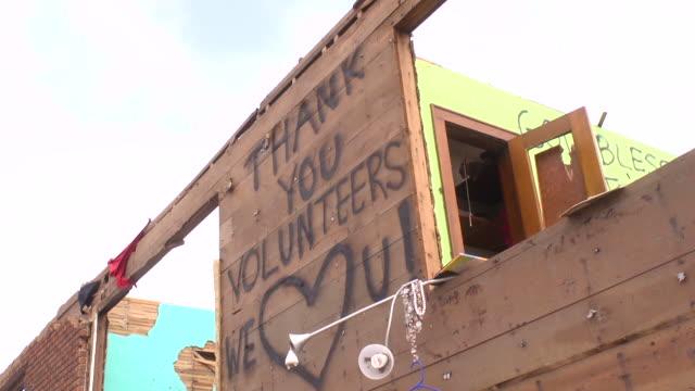 торнадо повреждений (добровольцев - сила природы стоковые видео и кадры b-roll