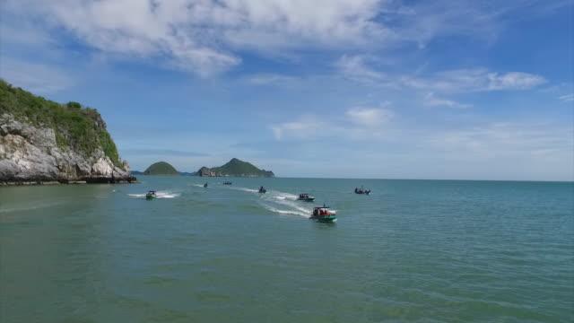 tourboat - turistbåt bildbanksvideor och videomaterial från bakom kulisserna