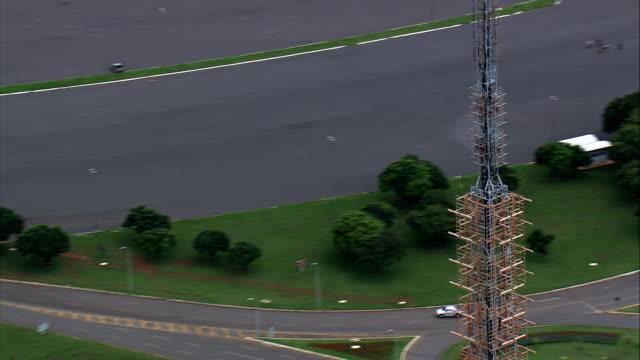 Torre de Televisão-Vista aérea-Distrito Federal, Brasília, Brasil - vídeo