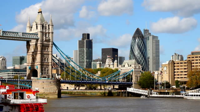 T/L Tower Bridge And London City video