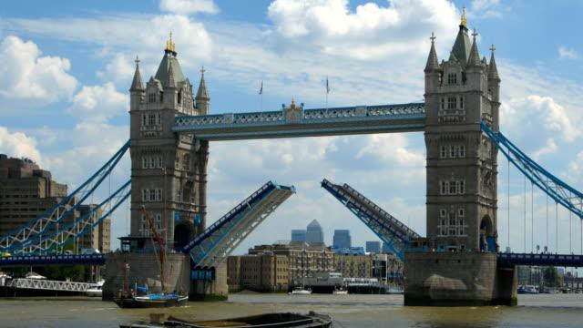 Tower Bridge, London opens & closes time lapse close up video