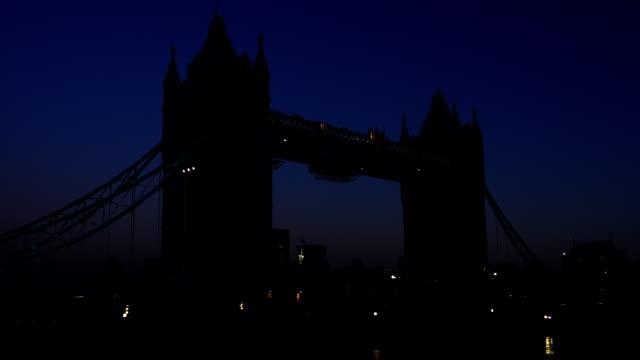 Tower Bridge, London, time-lapse at dawn video
