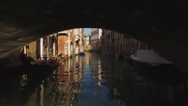 town of venice in italy - canale video stock e b–roll