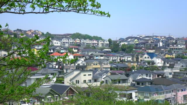 タウンの眺め屋根-4 k - 地域点の映像素材/bロール