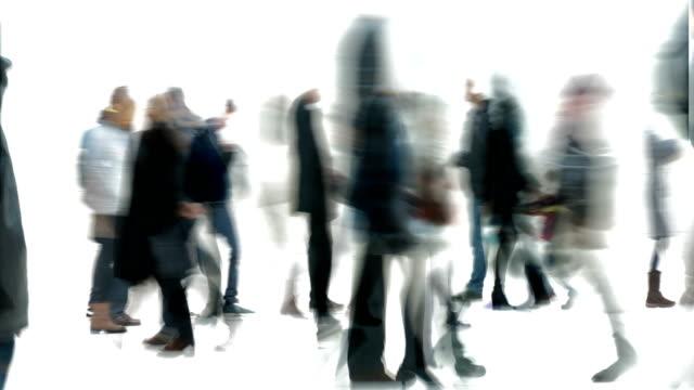 spår, märken, intryck, stunder: publiken - vinter, london (tona ut) - intoning bildbanksvideor och videomaterial från bakom kulisserna