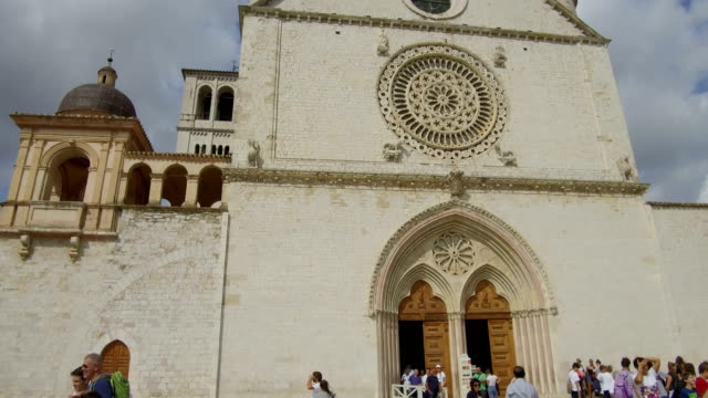 tracking shot Basilica Assisi video