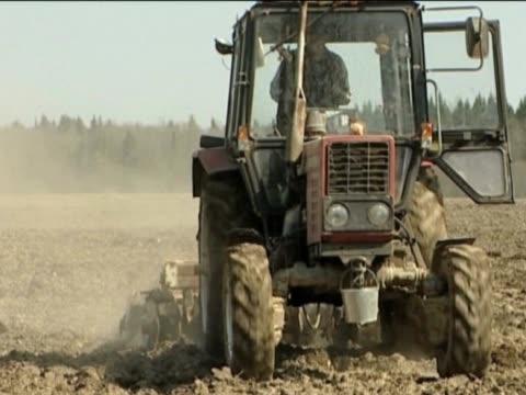 Tractor. The beginnings of sowing works. agricultural occupation stock videos & royalty-free footage