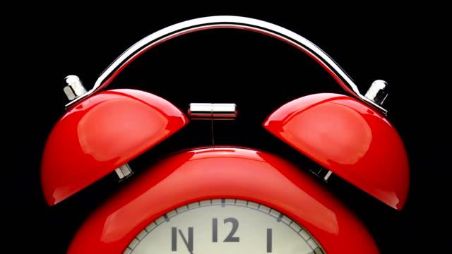 traditionell väckarklocka ringer. - alarm clock bildbanksvideor och videomaterial från bakom kulisserna