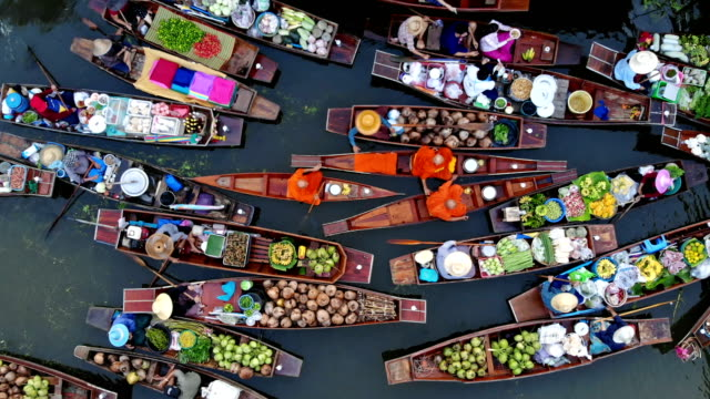 vídeos y material grabado en eventos de stock de mercado flotante tradicional 4k - tailandia