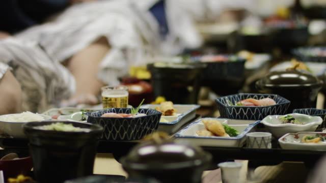Cena japonesa tradicional - vídeo