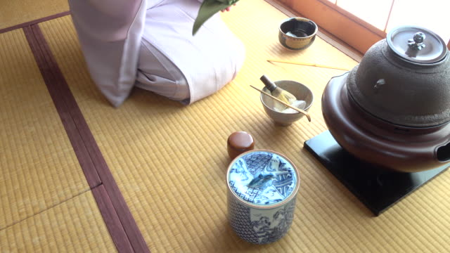 Traditional tea ceremony 'sado' 1 bulk 3/12 -4K- video