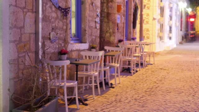 tradycyjne turecki domy, cel podróży, alacati, cesme, turcja - morze egejskie filmów i materiałów b-roll