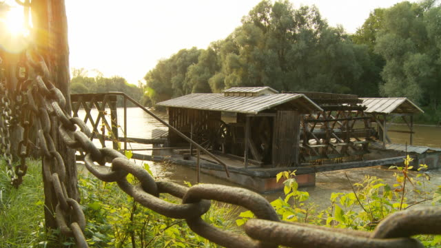 HD DOLLY: Traditional Watermill On Mur River