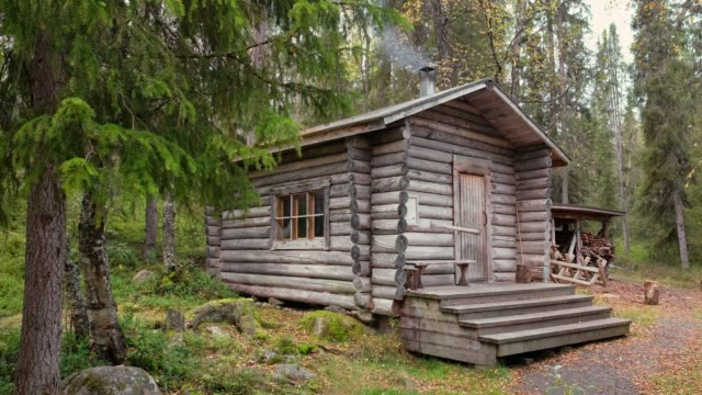 Traditional wooden wilderness hut in Oulanka national park, Finland Traditional wooden wilderness hut, cabin cottage, in Oulanka national park, Lapland, Finland chalet stock videos & royalty-free footage
