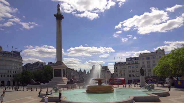 Trafalgar Square met een camera beweging, Londen. video
