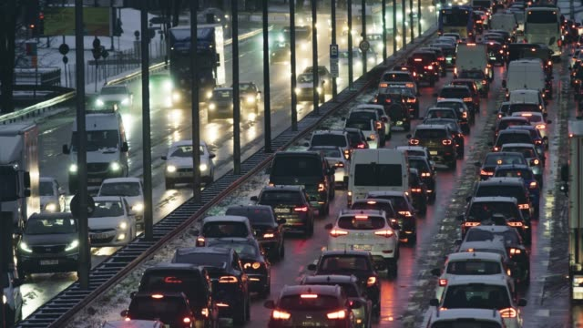 LD Traffic congestion on the highway at dusk