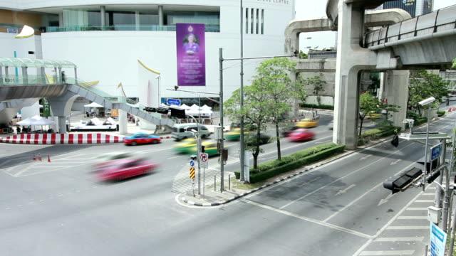 vídeos y material grabado en eventos de stock de tráfico en bangkok - agente de viajes