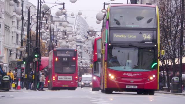 ロンドンを交通します。 - バス点の映像素材/bロール