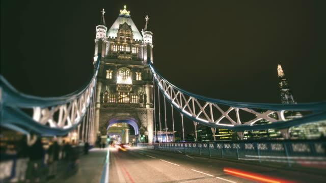 Traffic in Tower Bridge video