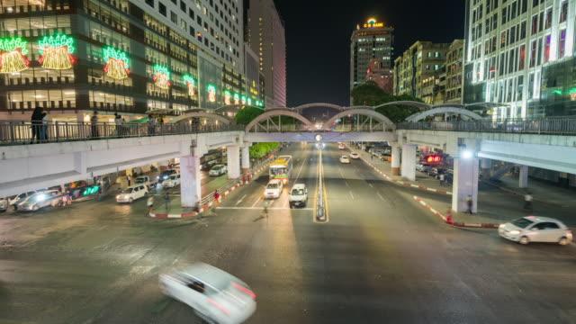 ingorgo a yangon city, myanmar - myanmar video stock e b–roll