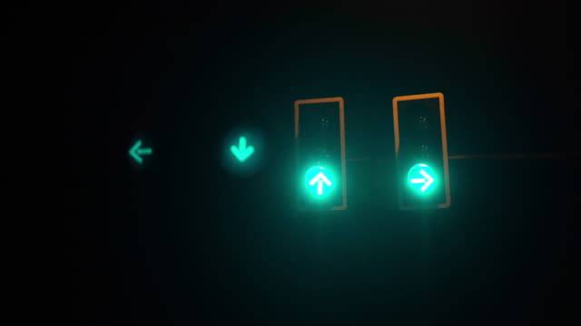 Traffic Light changing at night