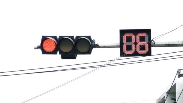 信号が緑色 - 交通信号機点の映像素材/bロール