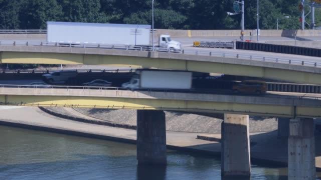 Traffic on Fort Pitt Bridge video