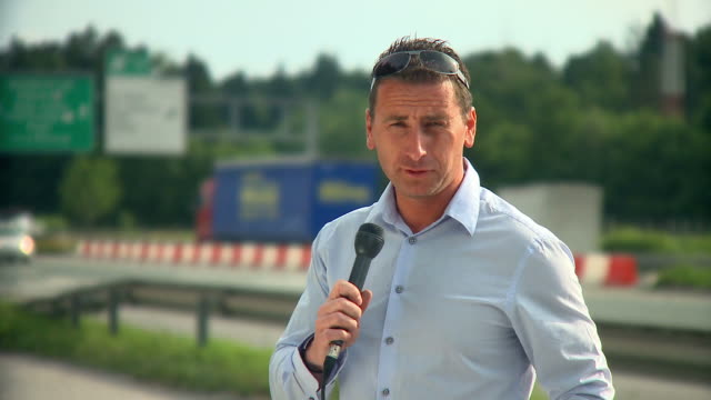 HD: Traffic Reportage video