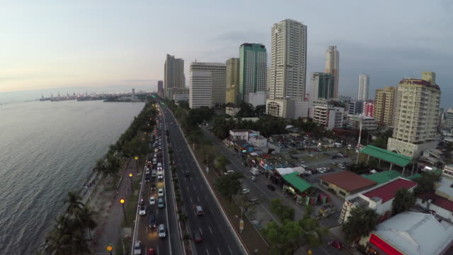 Traffic scene on Roxas Boulevard in Manila video