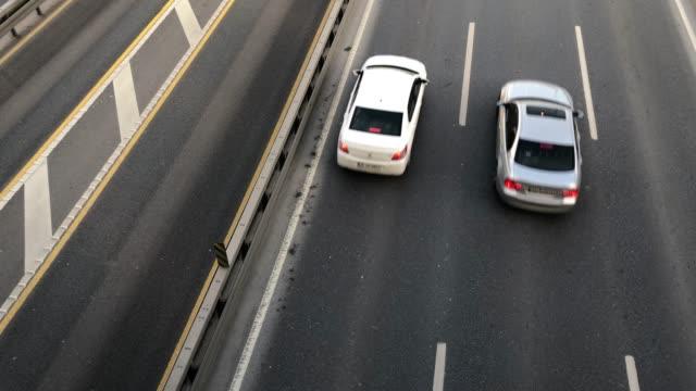 vidéos et rushes de trafic - gris