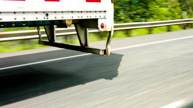 trailer - truck tire video stock e b–roll
