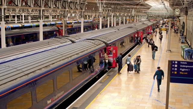 Train arriving in Paddington station video