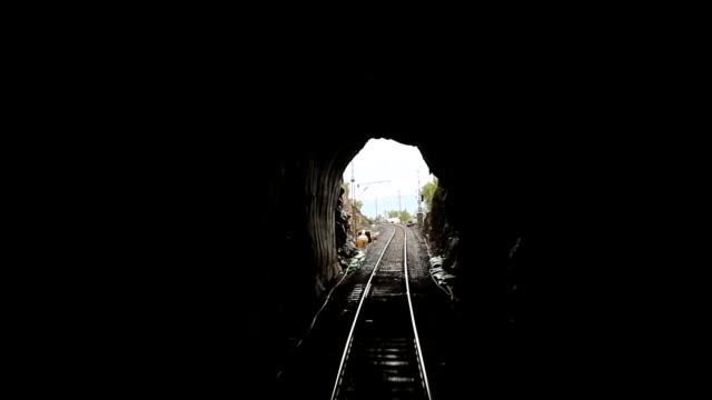 tåg resa i tunneln, abisko nationalpark, lappland, sverige - norrbotten bildbanksvideor och videomaterial från bakom kulisserna
