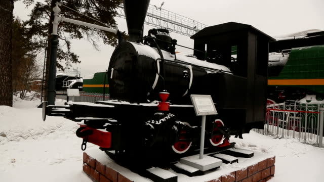 Trains, locomotives and diesel locomotives of the 19th century. video