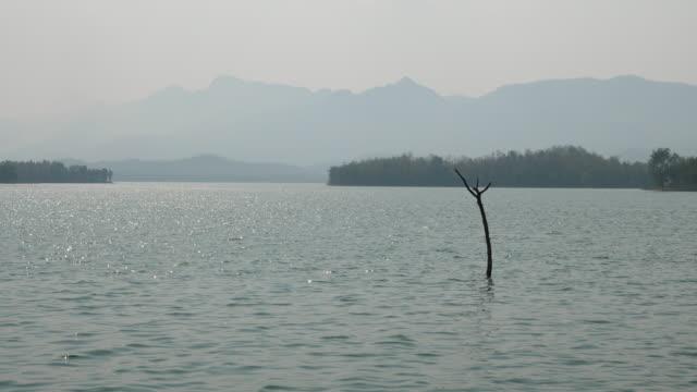 スタンプ付き静かなシーン湖 ビデオ