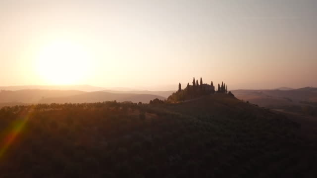 Tranquil sunlit Val d'Orcia video