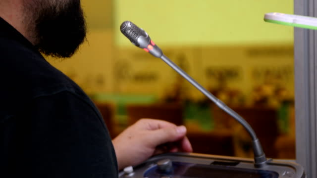 Translation headphones, Meeting, Conference Hall