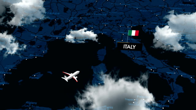 travelling to italy on map - cartina italia video stock e b–roll