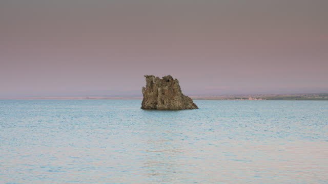 Travertine Island in Mono Lake video