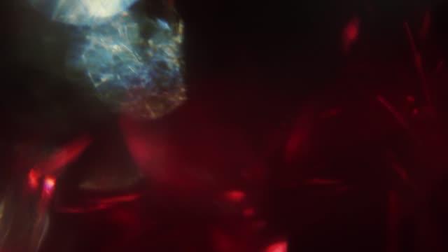 vídeos y material grabado en eventos de stock de mezcla de colores iridiscentes de moda, fondo creativo abstracto. - cristal material