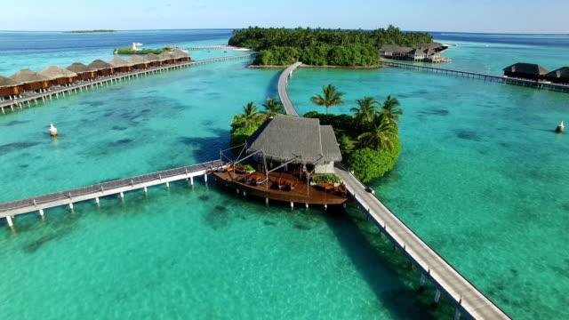 vídeos y material grabado en eventos de stock de paraíso tropical en maldivas - isla ayada - caribe