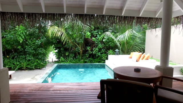 tropical paradise, luxury holiday in maldives - ayada island - terrazza video stock e b–roll