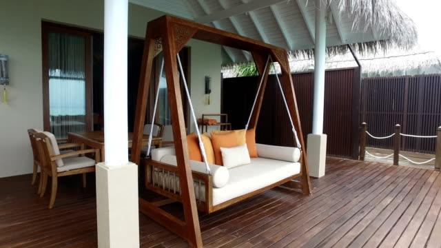 tropical paradise, luxury holiday in maldives - ayada island - вилла стоковые видео и кадры b-roll