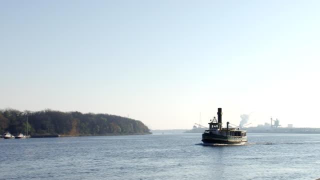 Tugboat on Savannah River video