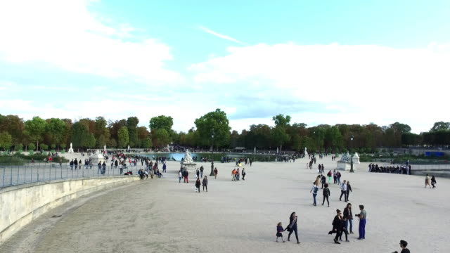 Tuileries Garden in Paris video