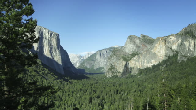 Tunnel view in Yosemite National Park video