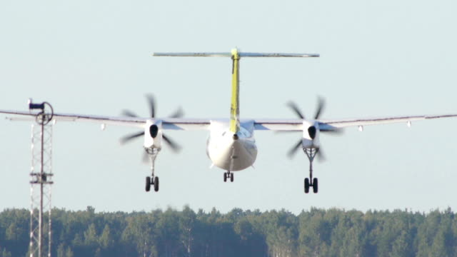 HD - Turboprop aircraft landing HD - Turboprop aircraft landing propeller airplane stock videos & royalty-free footage