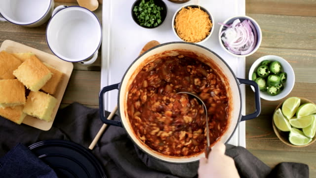 turkey chili - chilli con carne video stock e b–roll
