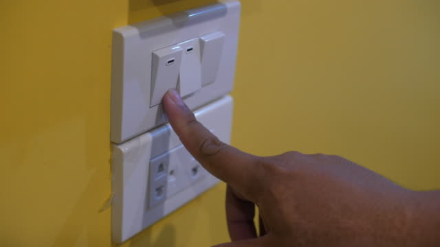Turn Off Light in Bed Room